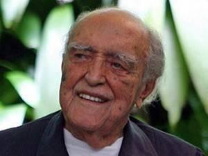 Oscar Niemeyer tem piora na funçao renal e é transferido