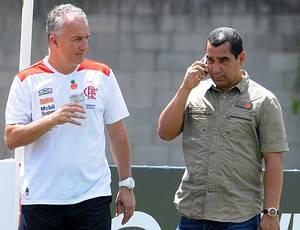 Pelaipe avalia permanência de Zinho e Dorival. Mano surge nos bastidores