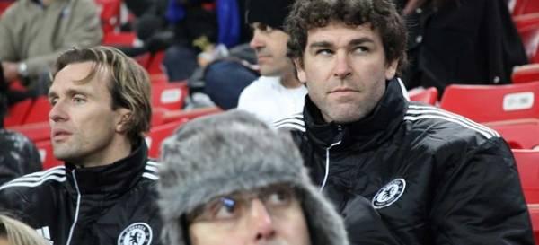 Espião do Chelsea assiste à vitória do Timão e elogia possível rival da final