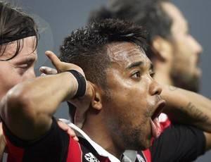 Jornal: oferta do Santos por Robinho não é sequer considerada pelo Milan