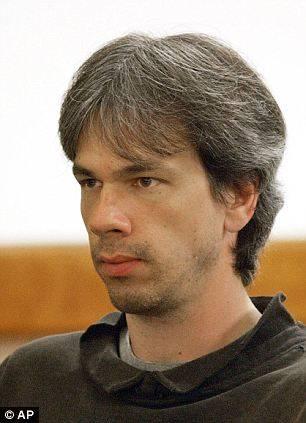 Para assassino, cada um dos testículos de Justin Bieber valeria R$ 5 mil, afirma jornal