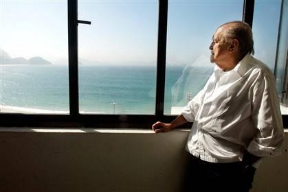 Oscar Niemeyer é homenageado no dia em que faria 105 anos