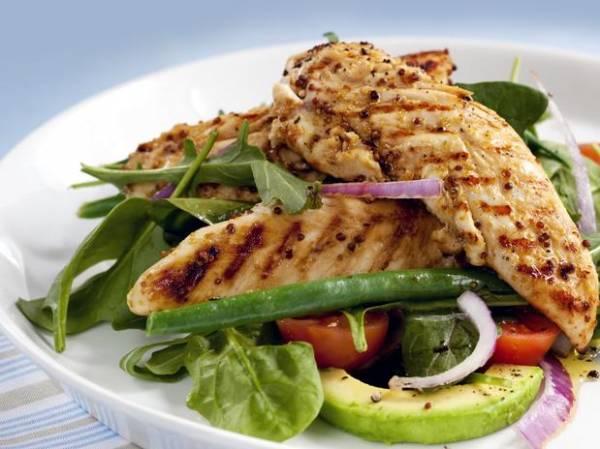 Café, peixe e ovo: veja 10 alimentos que aceleram o metabolismo