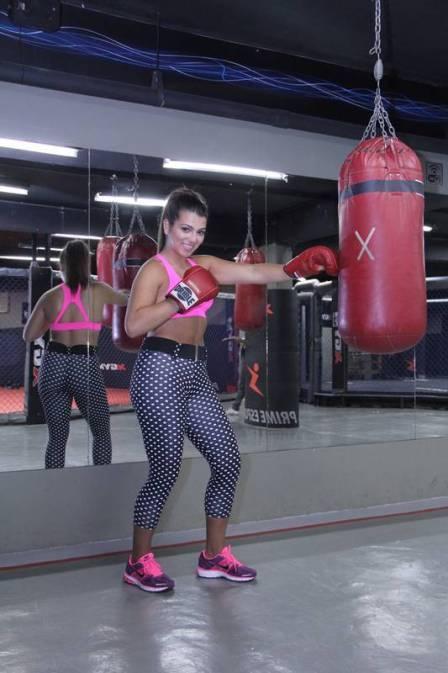 Filha de Maurício Mattar, Petra perde 10kg em dois meses e se inspira no corpo de Sabrina Sato