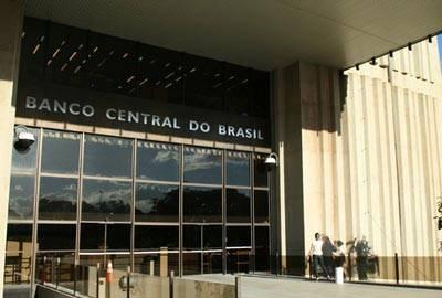 Mercado diminui a projeção de crescimento para 2013 pela crise
