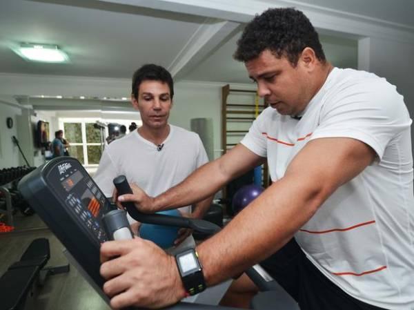 Ronaldo relata sofrimento no Rio para acompanhar Corinthians