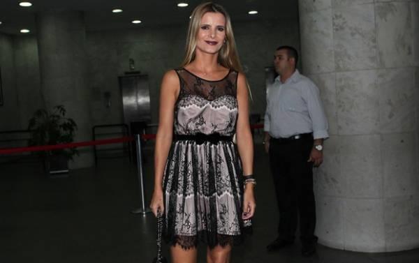Zilu Camargo comemora aniversário de Wanessa em São Paulo