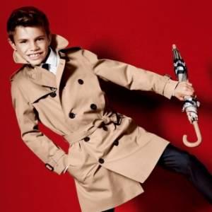 Aos dez anos, filho de Victoria e David Beckham inicia carreira de modelo