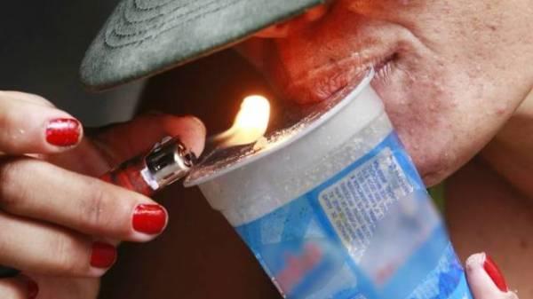 Maioria dos usuários de crack não morre devido à droga, e sim por causa da violência