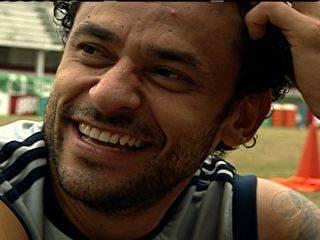 Atacante Fred do Fluminense revela sua tática com as mulheres