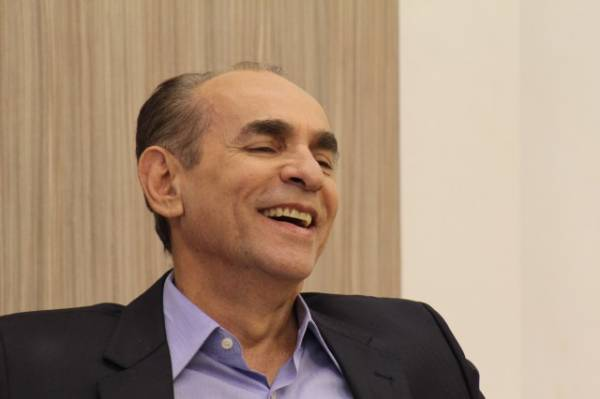 Pré-sal: Marcelo Castro chama decisão de ministro de â??jogo combinadoâ??