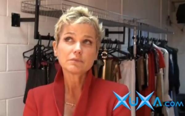 Xuxa grava mensagem especial de Natal para seus fãs na internet