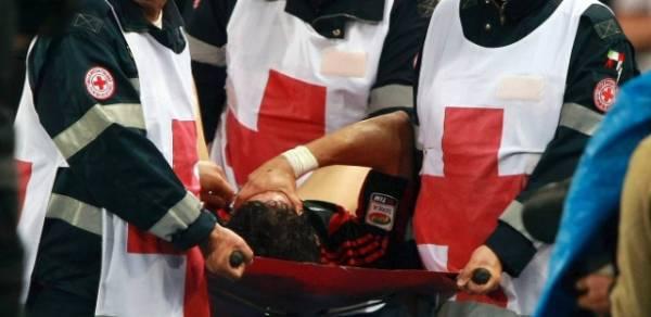Médico do Corinthians crê em lesão mal tratada de Pato no Milan