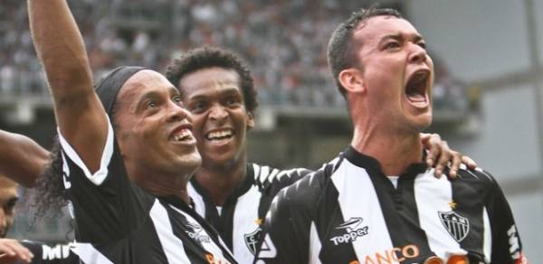 Vice pela 1ª vez nos pontos corridos, Atlético-MG comemora números