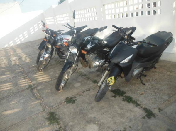 Motocicletas são apreendidas pela PM em Floriano-PI