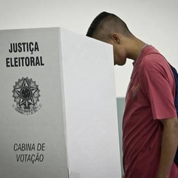 Eleitor que não votou no 1º turno deve justificar ausência até quinta