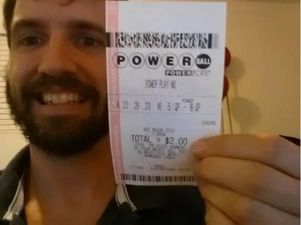 Falso ganhador da loteria engana mais de 2 milhões de pessoas