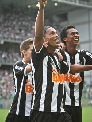 Cartola FC: Neymar é maior pontuador de 2012, e R49, de uma rodada