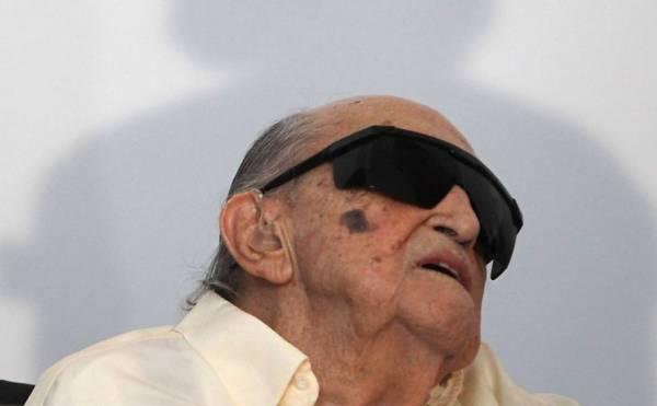 Minha vida não tem nada de especial, disse Niemeyer