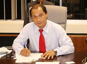 Diretor da ANA suspeito de chefiar esquema pede demissão
