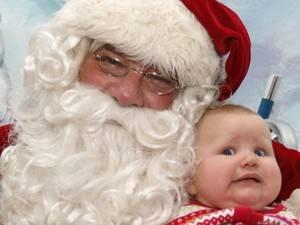 Papai Noel é demitido por não deixar crianças sentarem em seu colo