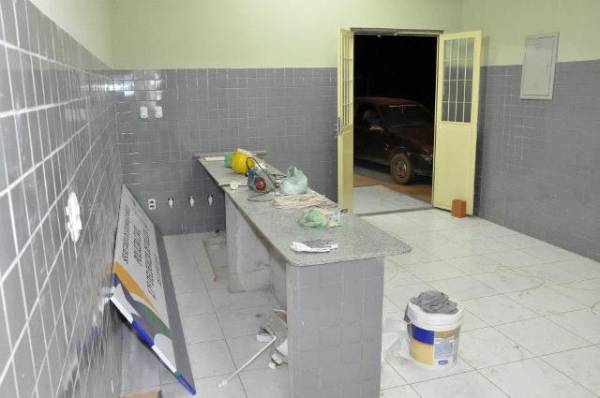 Presos são soltos por falta de celas no Piauí; reforma do prédio está concluída
