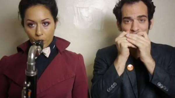 Casal faz video para anunciar fim de relacionamento e vira hit