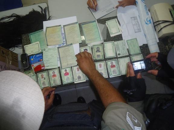 Policiais prendem estelionatário no litoral do Piauí