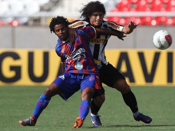 Botafogo faz 4, mantém invencibilidade e se aproxima da semi