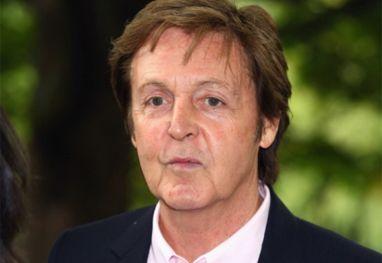 Paul Mccartney diz que parou de usar maconha por causa da filha