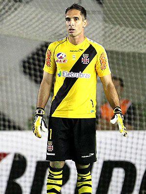Prass diz que ?eliminar o Fluminense? seria ajudar Botafogo ou Flamengo