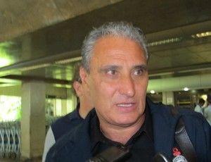 Tite faz contas: com três vitórias em casa, Timão avança na Libertadores