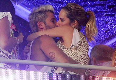 Bruno Gagliasso e Giovanna Ewbank protagonizam beijaço na folia baiana