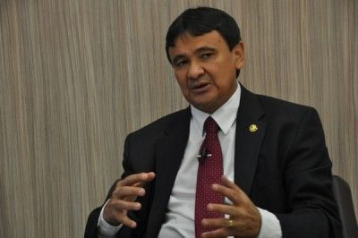 Senador Wellington Dias anuncia ato pela redistribuição dos recursos do pré-sal