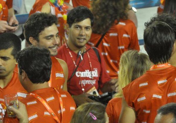 Thiago Rodrigues e mulher discutem em camarote por causa de atriz