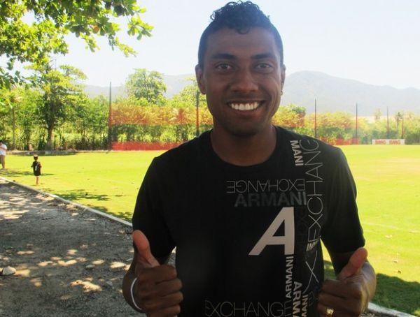 Afastado por Luxemburgo, Kleberson retorna ao Flamengo