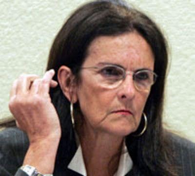 Diretora da Petrobras quer novo aumento no preço da gasolina