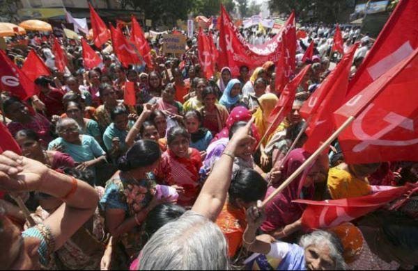 Índia faz greve geral pela instituição de salário mínimo nacional