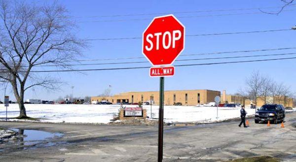 Morre mais um aluno atingido por colega em tiroteio em escola dos EUA