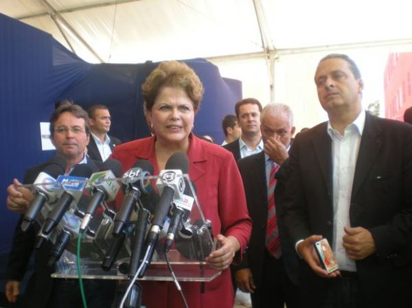 Presidente Dilma garante reconstrução de base na Antártida