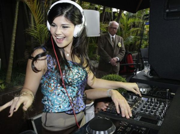Luiza, que estava no Canadá, passará Carnaval na BA, diz jornal