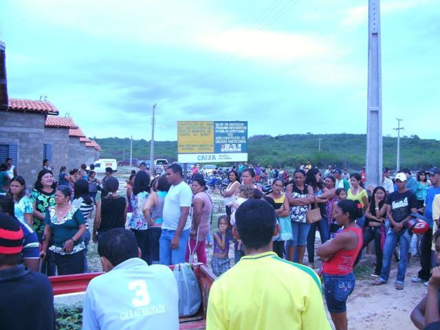 Prefeitura de Canto do Buriti e Caixa Econômica construirão mais 100 casas populares