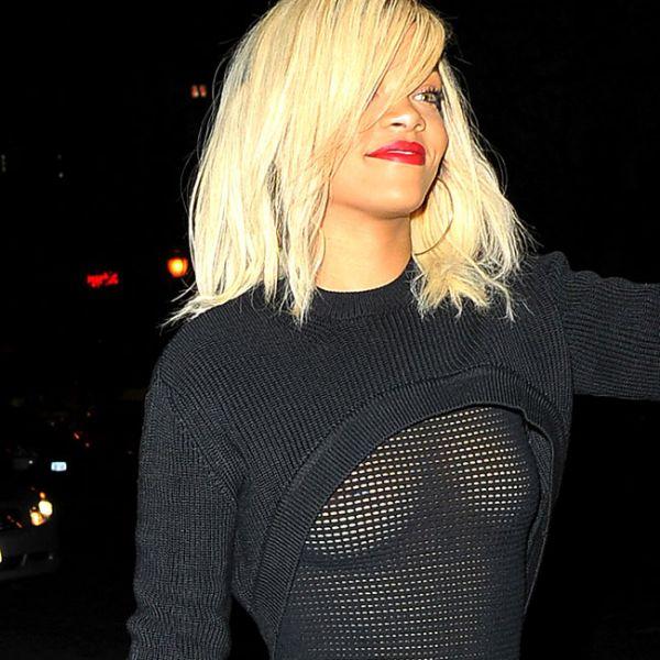 Rihanna deixa seios à mostra em blusa transparente super ousada