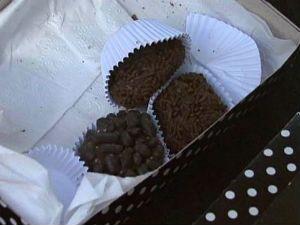 Jovem come doce envenenado dado por taxista