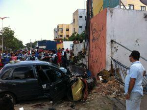 Motorista invade calçada e mata três pessoas em Fortaleza-CE