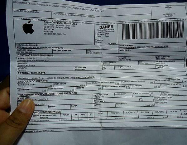 Homem compra iPhone 4S em site da Apple e recebe uma pedra na caixa em Manaus