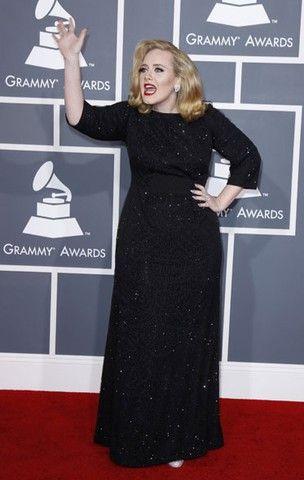 Jornal: Adele muda regime alimentar e faz pilates para ficar mais saudável
