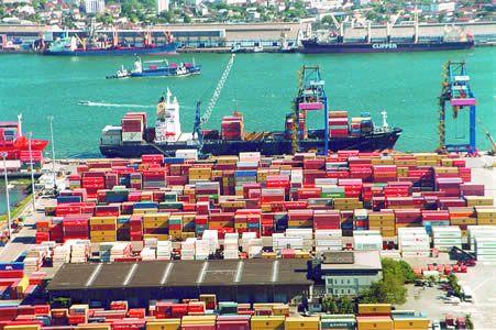 Governo fixa meta de 3,1% para crescimento das exportações