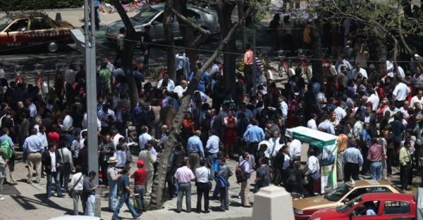 Terremoto de magnitude 7,4 faz pelo menos 11 feridos no México