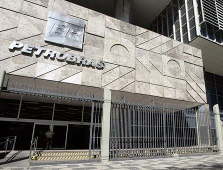 Petrobras abre concurso para 1.520 vagas e com salários de até R$ 7 mil